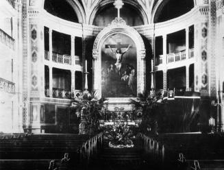 Interior of St. Peter's Lutheran Church. Photo, 1910s.