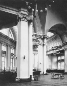 Bank Hall of the Main Treasury. Photo by K.K.Bulla, 1916.